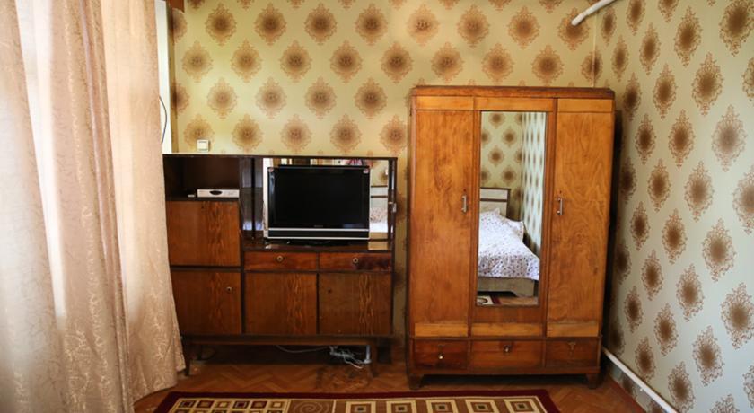 Pogostite.ru - Lovely Home For You   Ош   Парк имени Т. Салтыганова   парковка #25