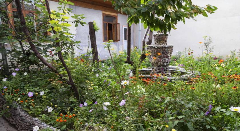 Pogostite.ru - Lovely Home For You   Ош   Парк имени Т. Салтыганова   парковка #1