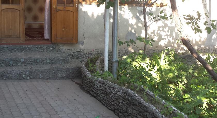 Pogostite.ru - Lovely Home For You   Ош   Парк имени Т. Салтыганова   парковка #5