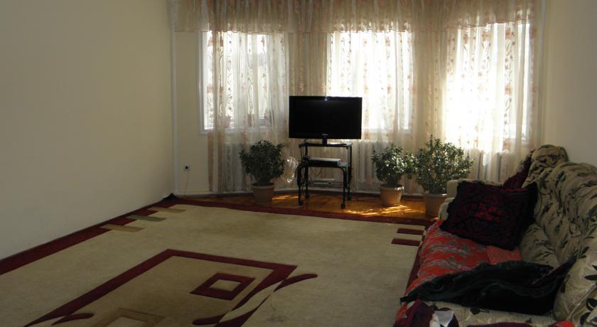Pogostite.ru - Guest House CBT Kanishay  | Ош | Ошский драматический театр | парковка #12