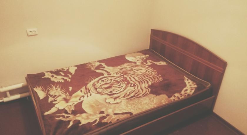 Pogostite.ru - Ia Maison Hostel | Ош | набережная реки Акбура | парковка #8