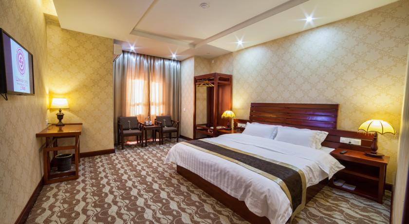 Pogostite.ru - Отель Шанхай Сити | Ош | Парк имени Т. Салтыганова | парковка #18