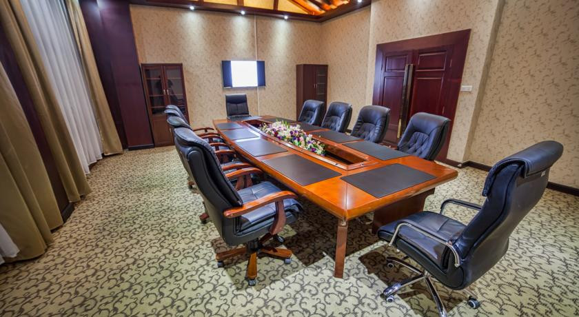 Pogostite.ru - Отель Шанхай Сити | Ош | Парк имени Т. Салтыганова | парковка #34