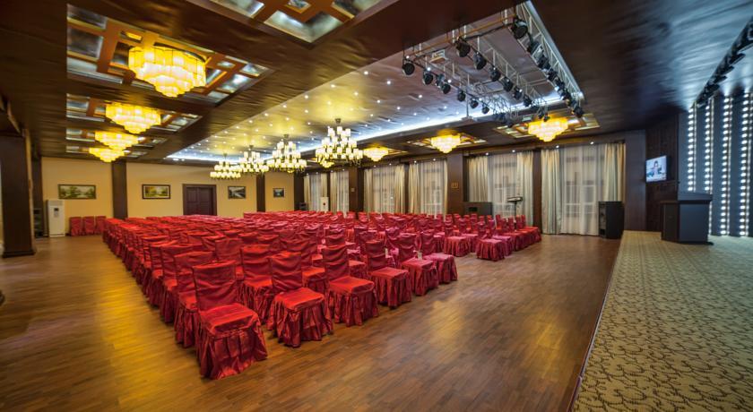 Pogostite.ru - Отель Шанхай Сити | Ош | Парк имени Т. Салтыганова | парковка #36