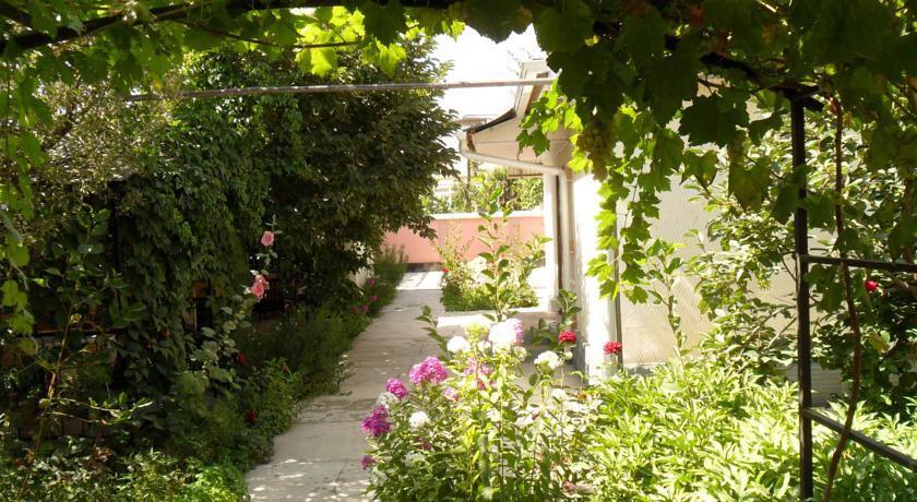 Pogostite.ru - Guest House Zhukov | Ош | ПКиО имени Кемаля Ататюрка | Библиотека #11