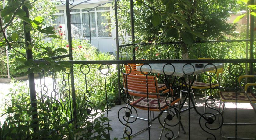 Pogostite.ru - Guest House Zhukov | Ош | ПКиО имени Кемаля Ататюрка | Библиотека #8