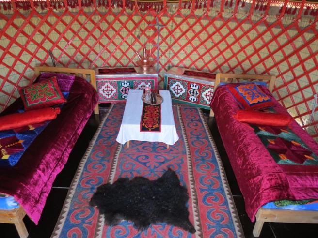 Pogostite.ru - Nomad Yurt Hostel | Чолпон-Ата | Иссык-Кульский музей-заповедник | дартс #8