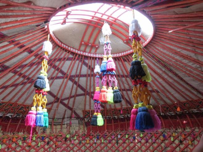 Pogostite.ru - Nomad Yurt Hostel | Чолпон-Ата | Иссык-Кульский музей-заповедник | дартс #10