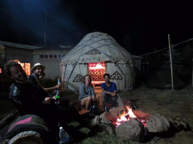 Pogostite.ru - Nomad Yurt Hostel | Чолпон-Ата | Иссык-Кульский музей-заповедник | дартс #3