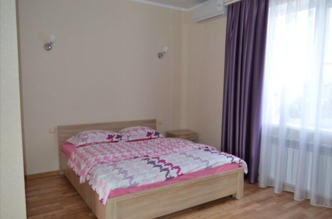 Pogostite.ru - Бриз Северный | гостевой дом | Севастополь | Парковка #2