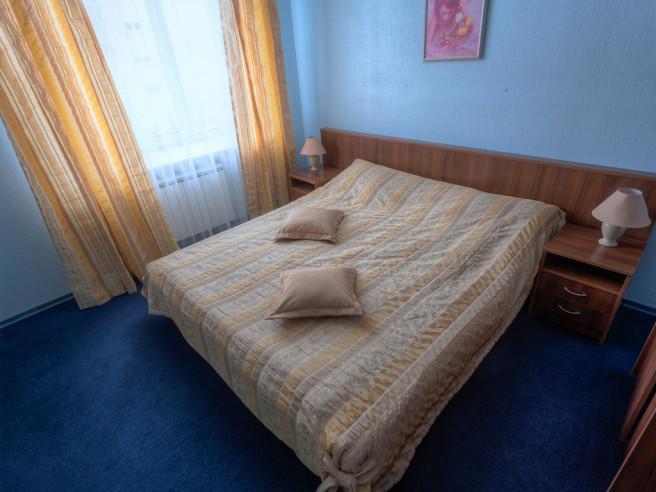 Pogostite.ru - Pride Hotel | Прайд Отель | Березники | Березниковский театр | Парковка #4