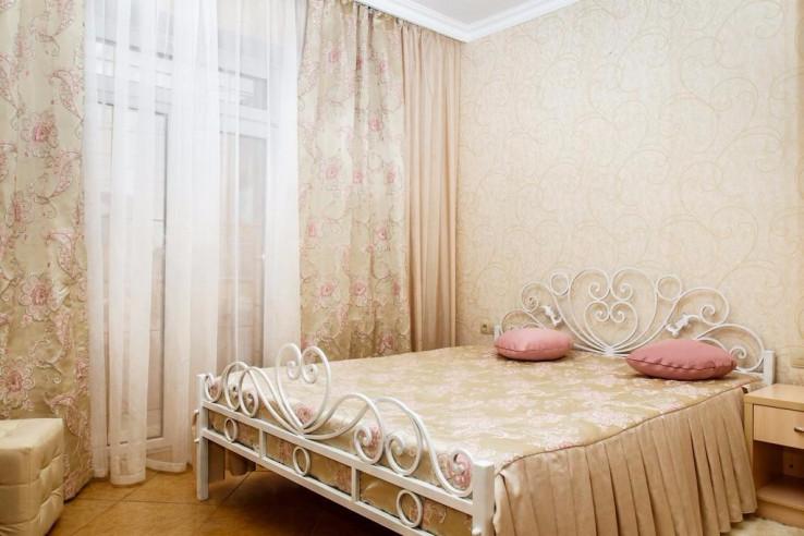 Pogostite.ru - Мартон Череповецкая | Волгоград | Родомский сквер #22