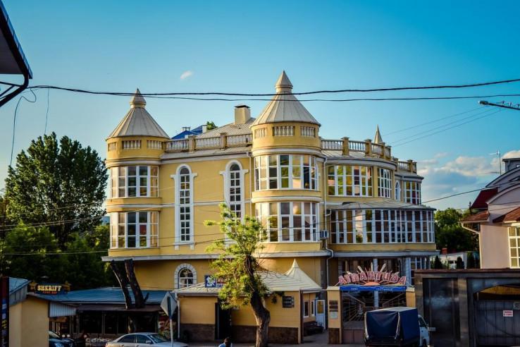 Pogostite.ru - Атлантида | г. Кисловодск | Парковка #1