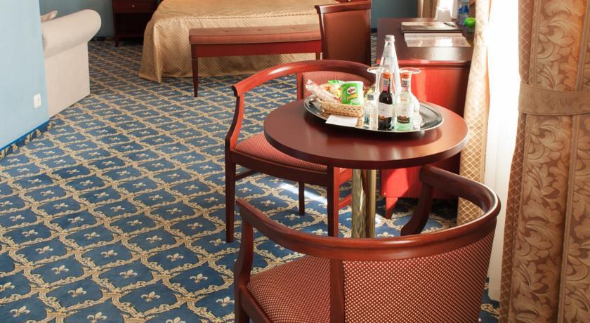 Pogostite.ru - ОЛД СТЕЙТ - Old Estate Hotel and SPA | г. Псков | аквацентр | парковка #26