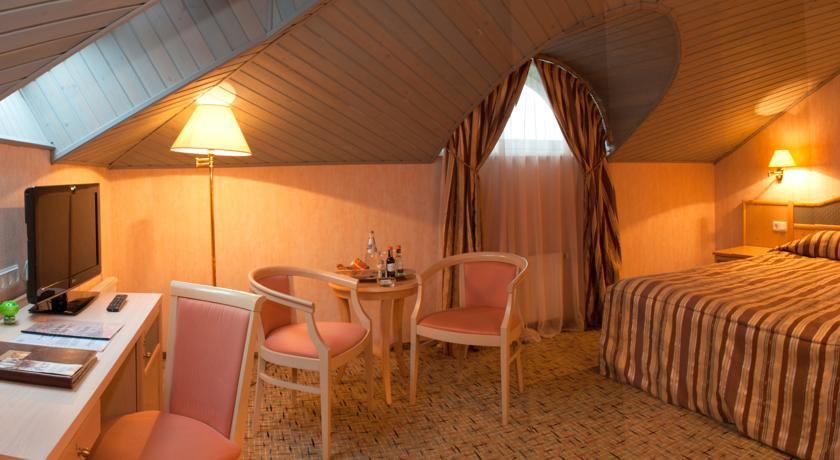 Pogostite.ru - ОЛД СТЕЙТ - Old Estate Hotel and SPA | г. Псков | аквацентр | парковка #39