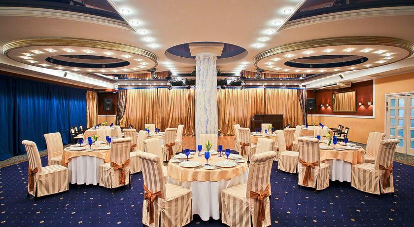 Pogostite.ru - ОЛД СТЕЙТ - Old Estate Hotel and SPA | г. Псков | аквацентр | парковка #4