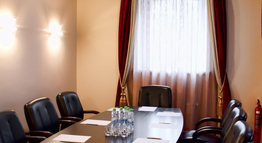 Pogostite.ru - ОЛД СТЕЙТ - Old Estate Hotel and SPA | г. Псков | аквацентр | парковка #46