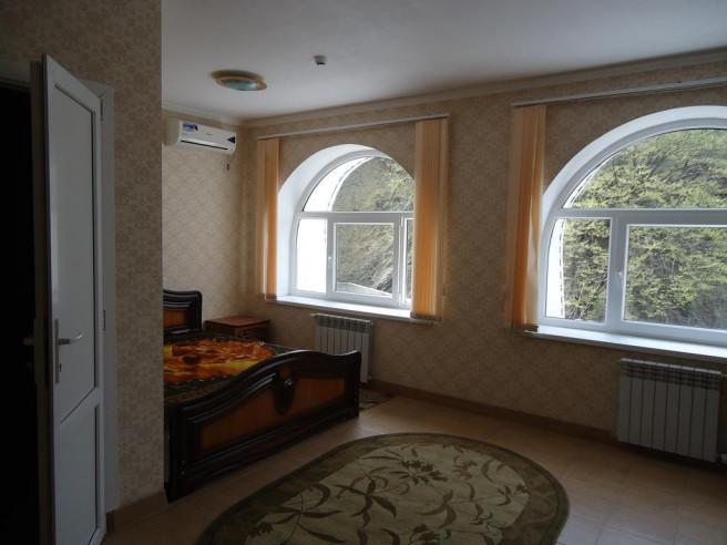 Pogostite.ru - Гостевой дом Теплый Номерок | Туапсе | Парковка #30