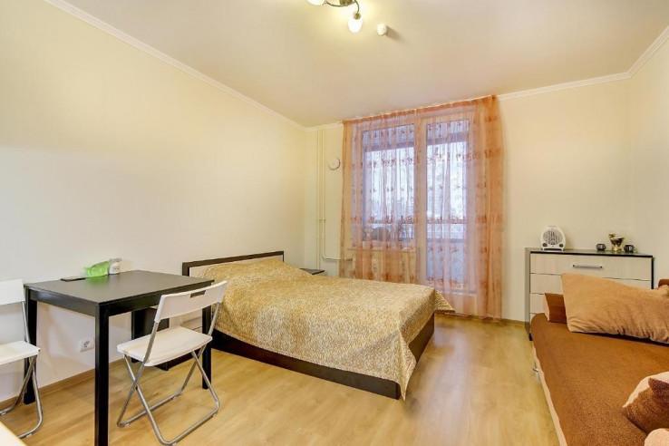 Pogostite.ru -  RestHouse Okna Pitera | м. Площадь Мужества | Парковка #7