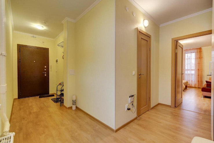 Pogostite.ru -  RestHouse Okna Pitera | м. Площадь Мужества | Парковка #21