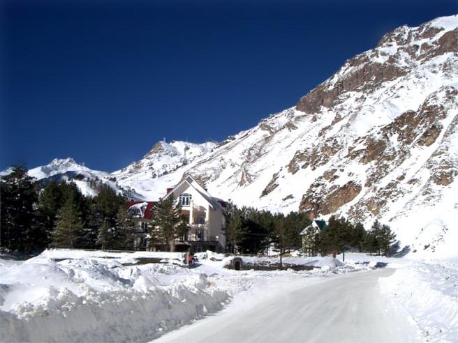 Pogostite.ru - Балкария | Поляна Азау | Парковка | Катание на лыжах #4