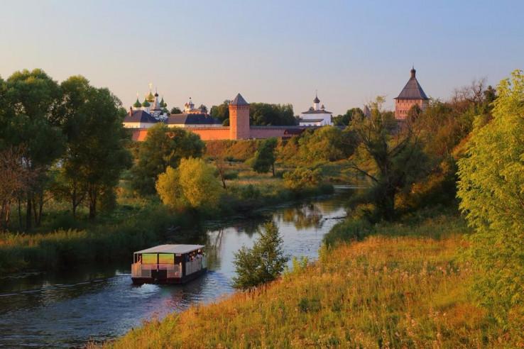 Pogostite.ru - Медный Двор | Суздаль | река Каменка | Парковка #24