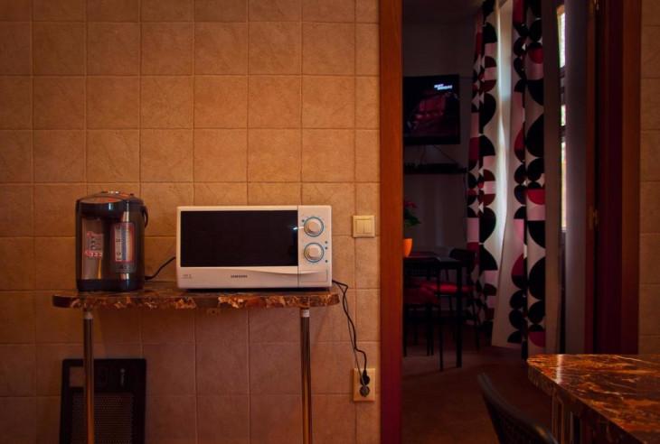Pogostite.ru - Илиан Хостел | Москва | м. Полежаевская | парковка #2