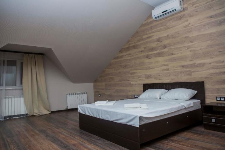 Pogostite.ru - Boutique Hotel Loft | Бутик-отель Лофт | Самара | р. Волга | Парковка #2