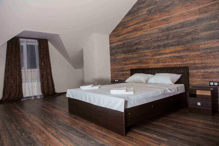 Pogostite.ru - Boutique Hotel Loft | Бутик-отель Лофт | Самара | р. Волга | Парковка #1
