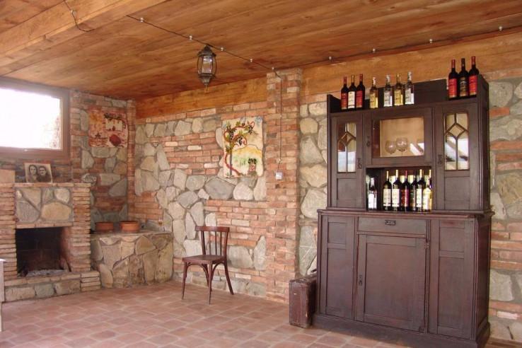 Pogostite.ru - Twins Old Cellar | Напареули | Парковка #8