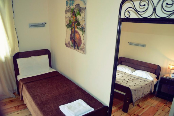Pogostite.ru - Twins Old Cellar | Напареули | Парковка #15