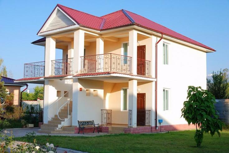 Pogostite.ru - Talisman Village Hotel | Талисман | Бостери | о. Иссык-Куль | Парковка #1