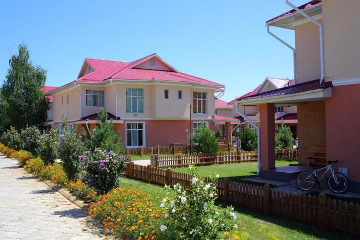 Pogostite.ru - Talisman Village Hotel | Талисман | Бостери | о. Иссык-Куль | Парковка #7