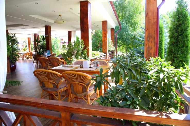 Pogostite.ru - Talisman Village Hotel | Талисман | Бостери | о. Иссык-Куль | Парковка #3