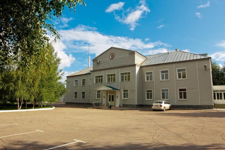 Pogostite.ru - Парк Отель Алмаз | Рубцовск | оз. Ракиты | парковка #2