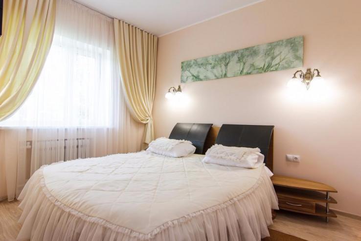 Pogostite.ru - Парк Отель Алмаз | Рубцовск | оз. Ракиты | парковка #12