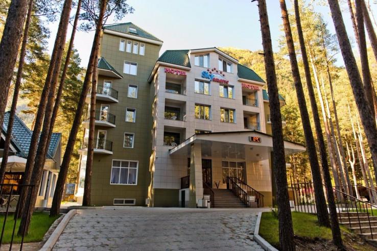 Pogostite.ru - Sky Эльбрус | Горнолыжный курорт Приэльбрусье | г. Эльбрус | Парковка #1