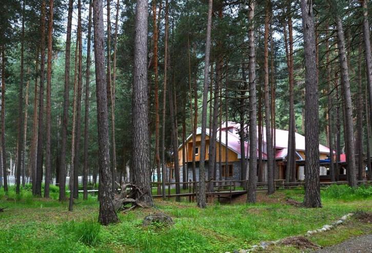 Pogostite.ru - Марал | Горнолыжный курорт Приэльбрусье | г. Эльбрус | Парковка #1