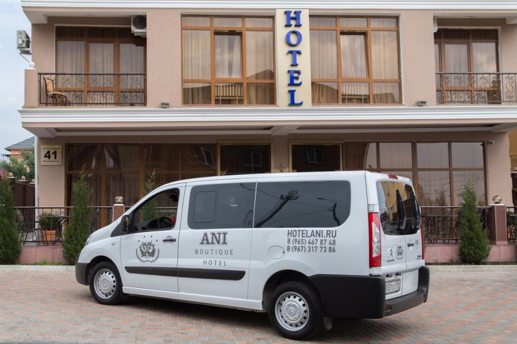 Pogostite.ru - ANI Boutique Hotel   Олимпийский парк Сочи   Черное море   Парковка #5