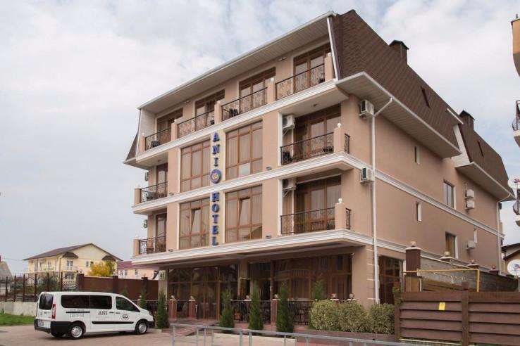 Pogostite.ru - ANI Boutique Hotel   Олимпийский парк Сочи   Черное море   Парковка #7