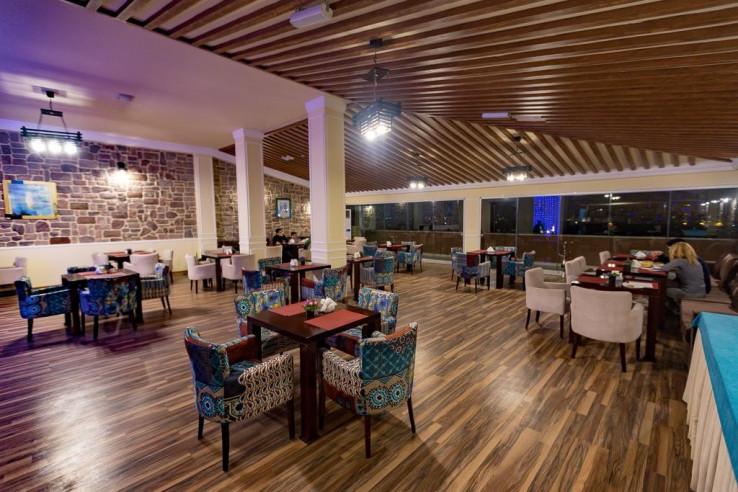 Pogostite.ru - Рива | Riva Hotel | Баку | Парковка #14