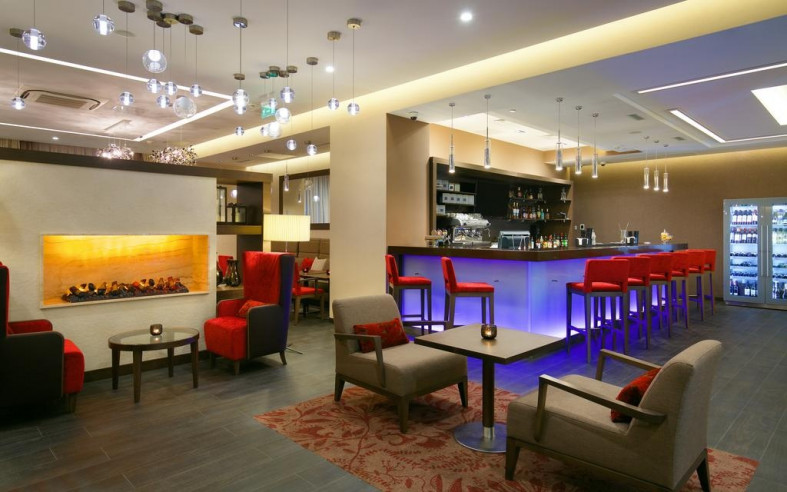 Pogostite.ru - Hilton Garden Inn Volgograd | Хилтон Гарден Инн Волгоград | Парковка #17