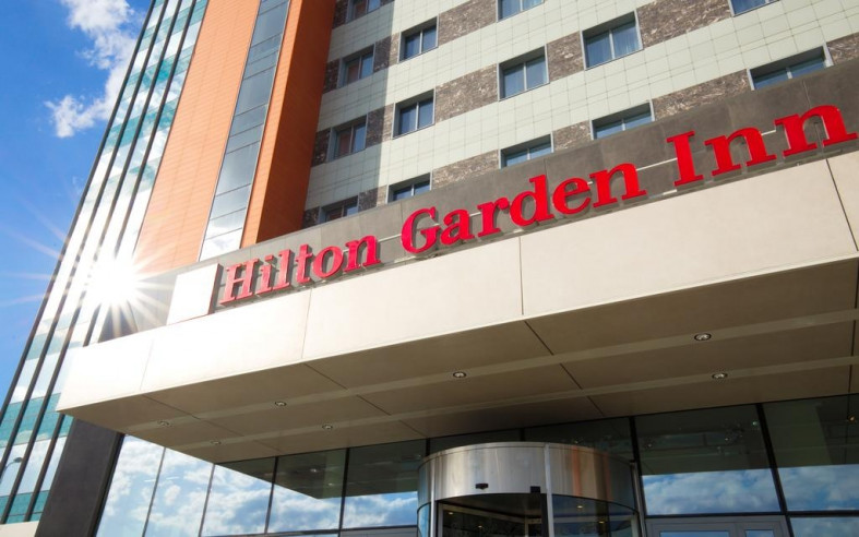 Pogostite.ru - Hilton Garden Inn Volgograd | Хилтон Гарден Инн Волгоград | Парковка #4