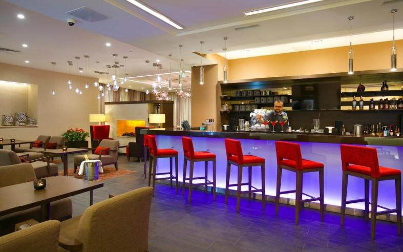 Pogostite.ru - Hilton Garden Inn Volgograd | Хилтон Гарден Инн Волгоград | Парковка #8