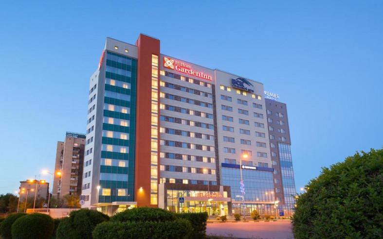 Pogostite.ru - Hilton Garden Inn Volgograd | Хилтон Гарден Инн Волгоград | Парковка #1