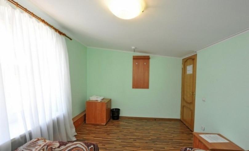 Pogostite.ru - Замок Франт Отель   пос. Городище   Парковка #3
