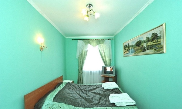 Pogostite.ru - Замок Франт Отель   пос. Городище   Парковка #20