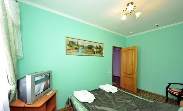 Pogostite.ru - Замок Франт Отель   пос. Городище   Парковка #22
