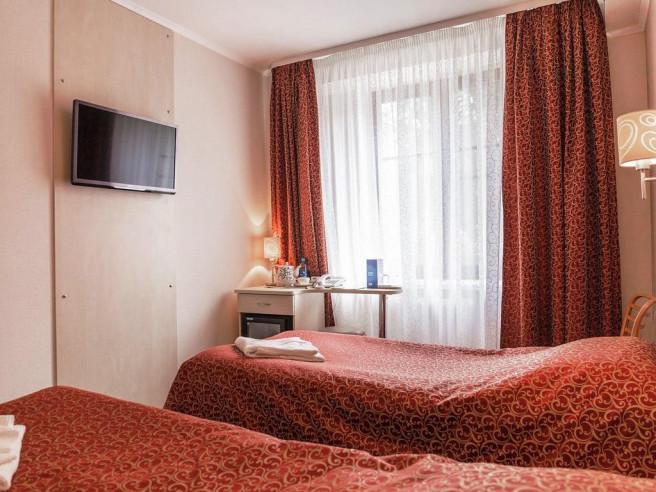 Pogostite.ru - Гарни-отель Сибирия | Пермь | Парковка #17