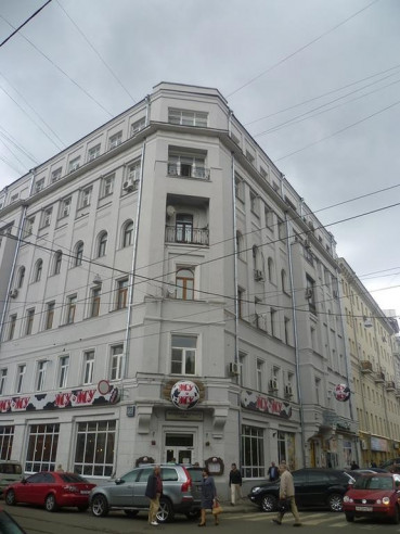 Pogostite.ru - АРТИСТ НА БАУМАНСКОЙ | м. Бауманская | Парковка #1